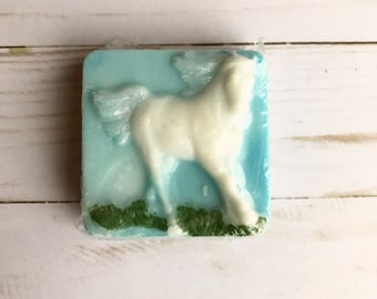 Horse soap- horse lovers gift, equestrian gift, girls gift, horse favors, western favors, cowboy favor soaps, cowgirl favor soaps,