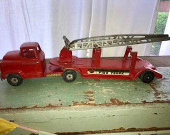 Vintage Buddy L Fire Engine, Fire Truck, with Ladder