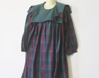80s Girls pinafore / tunic dress, Marjory Daw, Made in Hong Kong, 5-6 years, mid season, tartan check dress, 318/49