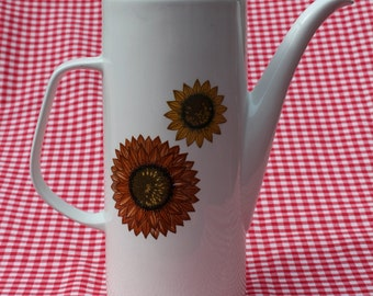 Vintage J & G Meakin Palma Sunflower Coffee set in pristine condition.  Retro Tea and Coffee in style!