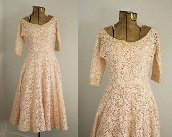 1950s dress | vintage 50s lace dress