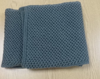 Adults Chunky Knit Scarf