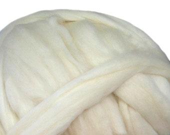 Off White Corriedale Cross Wool Roving, 4 oz natural white Corriedale Cross wool roving, Saori Weaving, natural white roving