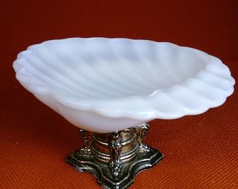 Milk Glass Sea Shell Soap Dish