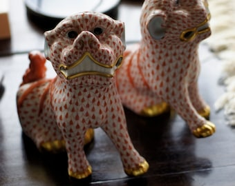 Ref. 173 - XMAS SALE - Authentic Porcelain Herend (Hungarian) hand-painted fishnet Foo dogs.
