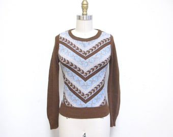 Vintage 1970s Sweater | Blue and Brown 1970s Chevron Sweater | size xs - small