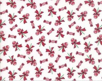 Sugar Plum Christmas White 2913 12 - Moda Fabrics 100% Cotton Quilting Fabric Bunny Hill Designs