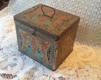 Free Shipping Uneeda Ornate Antique Biscuit Tin with Latch National Biscuit Company