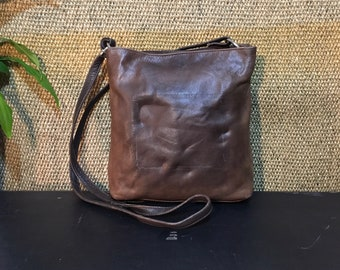 Vintage 1980's Brown Leather Small Size Shoulder Bag / Open Top Purse