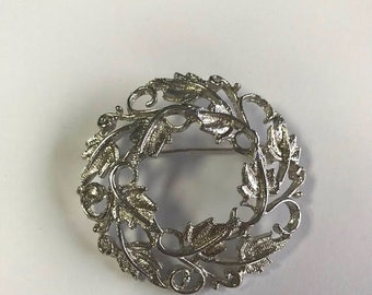 CLEARANCE CLOSEOUT Vintage Leaf Wreath Brooch