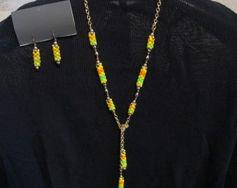 Sarah Coventry Lariat Necklace Earrings Set green yellow orange beads CAROUSEL