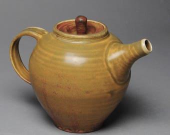 Clay Teapot Yellow Honey H56
