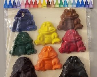 Frog Crayons - 8 piece set - Easter Basket Filler - Birthday party favors - Gift