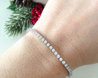 Tennis bracelet with cubic zirconia entirely in 925 silver