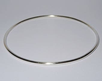 Simple Bangle in Sterling Silver