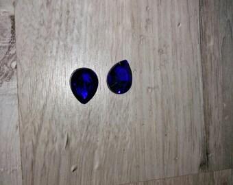 dark blue color teardrop shaped cabochon