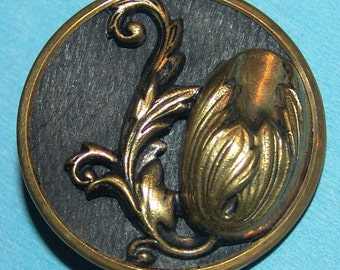 "Lovely Large Antique Brass Button ~ 1 3/8"" ~ Brass Art Nouveau Floral Button ~ High Relief Brass Tulip on a Wood Background ~ Very Pretty!"