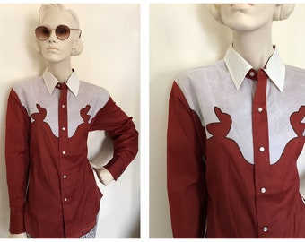1980s Funky Western shirt // Two toned rockabilly blouse with pearl snap buttons// red and white western rodeo shirt// 80s cowboy shirt