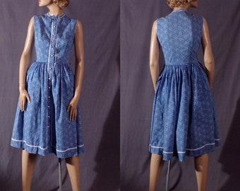 Vintage 1950s Dress - 50s Blue and White Bandana Print - Cotton - Sundress - Pin Up - Full Skirt - Summer Dress
