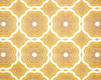 Retro Vintage Wallpaper by the Yard 60s Geometric Vintage Wallpaper - Retro 1960s Geometric Floral Vintage Wallpaper Yellow Flowers on White