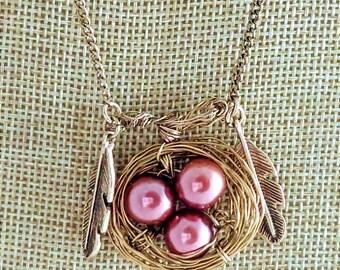 Wired bird nest necklace