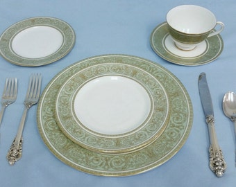 Wallace Grand Baroque Four Piece Sterling Silver Place Setting