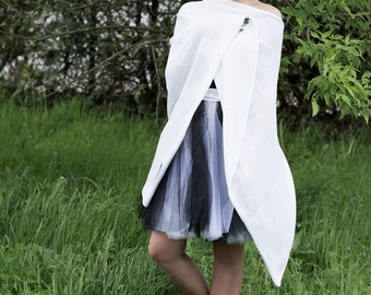 Wedding poncho, Women's poncho, Knit poncho, White poncho, women's sweater, women's cape, white scarf, wool poncho, white cape, bridal cape