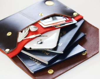 Leather passport wallet - travel wallet - FREE STAMPING - 010099
