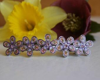Metal and enamel floral hairclip