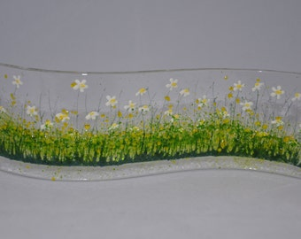 Handcrafted Fused Glass Art - Daisy Wave