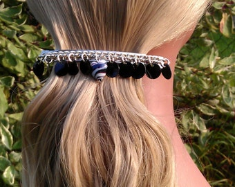 Black Shell Discs & Black and White Glass Heart Chain Hair Clip