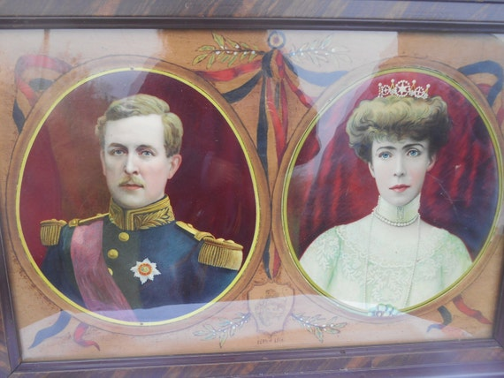 Large Victorian 1915 Chromolithograph King Albert I and Elizabeth Queen of the Belgians Wood Framed Glass Protected #sophieladydeparis