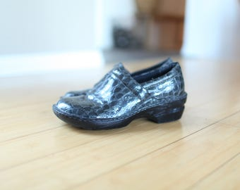 vintage B.O.C. charcoal grey reptile clogs mules womens 9 1/2