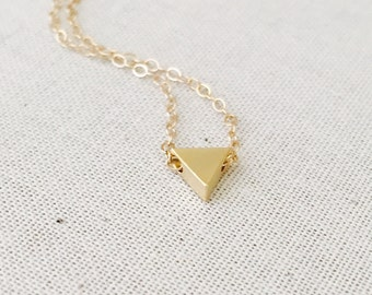 Triangle Charm Necklace, Tiny Gold Triangle Necklace, , Simple Everyday Necklace, Dainty Jewelry, Birthday Gift, Gift for her, Mother's Day
