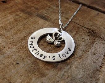 A Mother's Love Necklace With Mommy and Baby Swans. Jewelry for Mom or Grandma. The Perfect Hand Stamped Gift For Mother's Day or Any Day