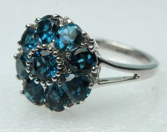 Edwardian Style Sterling Silver London Blue Topaz Daisy Cluster Ring Size: O-7