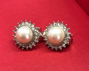 Bridal Earrings, Vintage Earrings, Pearl and Rhinestone, Vintage Jewelry, Clip-on, Halo Earrings