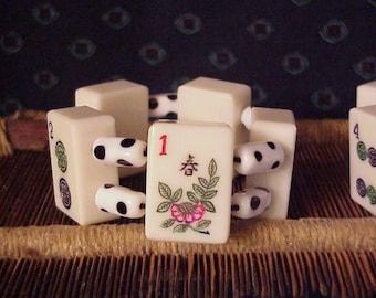 White lucite Mah Jong Bracelet with white glass polka dot beads