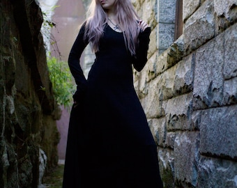 Gothic Dress, Medieval Dress, Witch Dress - Black Maxi Dress, Renaissance Faire Dress, Festival Dress, Long Black Dress, Long Sleeve Dress