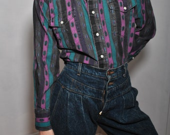 Jean Western purple turquoise blue green abstract long sleeve top // pearl button // small