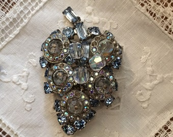 Vintage Juliana Prong Set Rhinestone Crystal Bead Dangle Leaf Pin