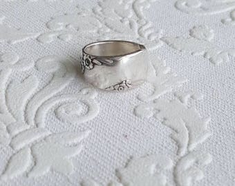 Bridal Wreath Spoon Ring