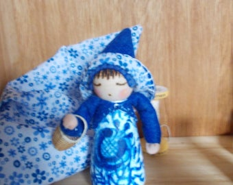 Wooden 9 cm Peg Doll Hand Crafted Table Doll Waldorf Inspired