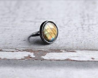 Labradorite ring in size 7,2 US (55mm)