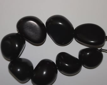 Black Strand, 8 Chunky Tagua Nuts, Vegetable Ivory, EcoBeads, Tagua, Natural, Organic Seeds