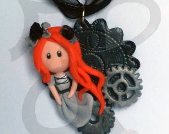 Steampunk pendant with Dolly and gears