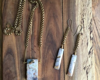Crazy lace agate necklace and earrings set