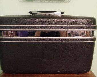 Samsonite locking vintage train case/ travel case