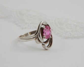 Silver Artisan Ring Pink Oval Cut Ring Faceted Pink Stone Ring Statement Ring