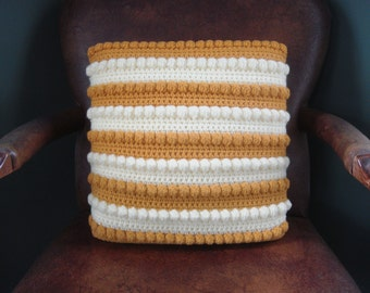 Vintage Decorative Pillow - Knitted Cushion - Boho Decor